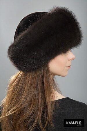 d0a13395d0a7 Женские меховые шапки из куницы, норки и соболя — фото и цены | KAMFUR